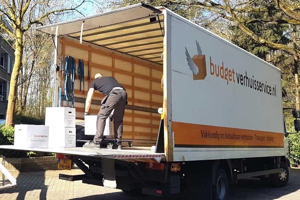 verhuiswagen met assistentie